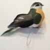 Dekorativ olivengrøn fugl
